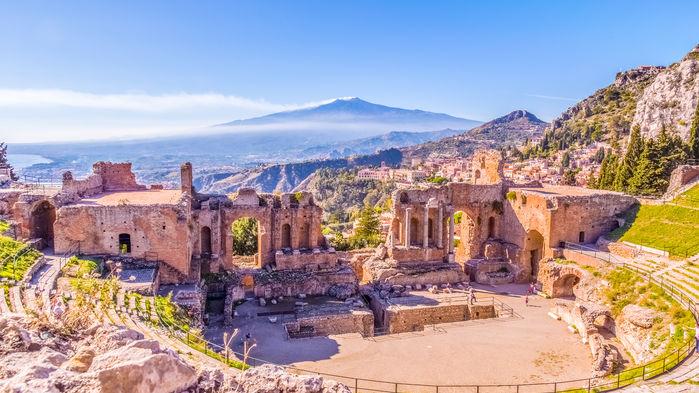 grekiska teatern och etna