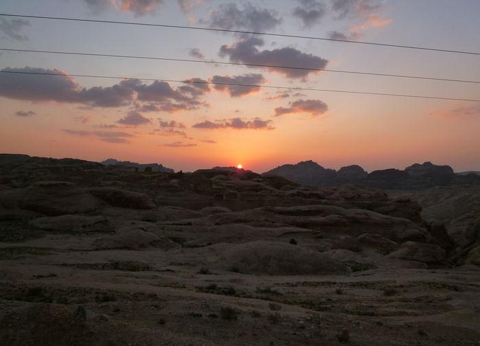 solnedgång över petra