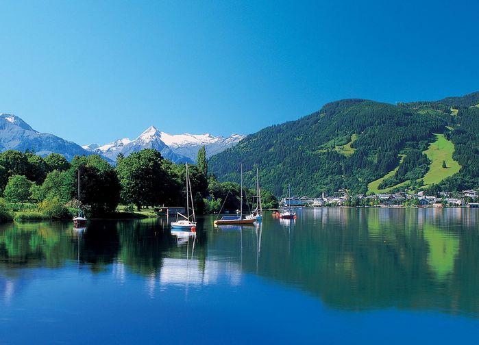 Vi gör dagliga vandringar i den storslagna naturen som omger Zell am See.