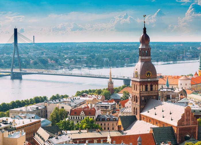 Vanšubron över Daugava i Riga