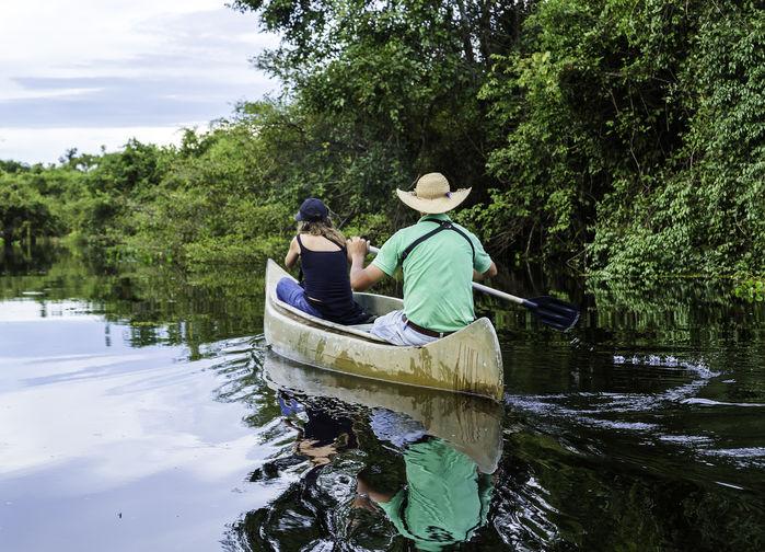 Kanotsafari på Clarinhofloden i Pantanal