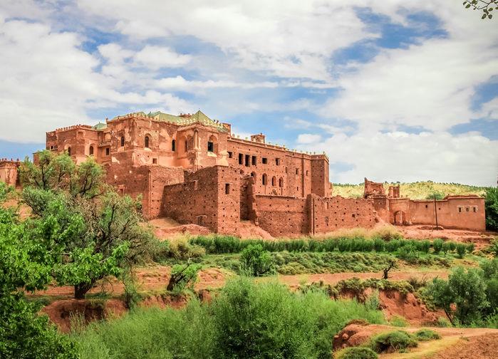 Telouet, ruinerna av den en gång så majestätiska fortbyggnaden (kasbahn) som var den mäktiga Glaouiifamiljens högkvarter