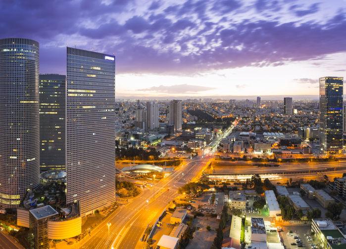 Tel Aviv kvällsbild