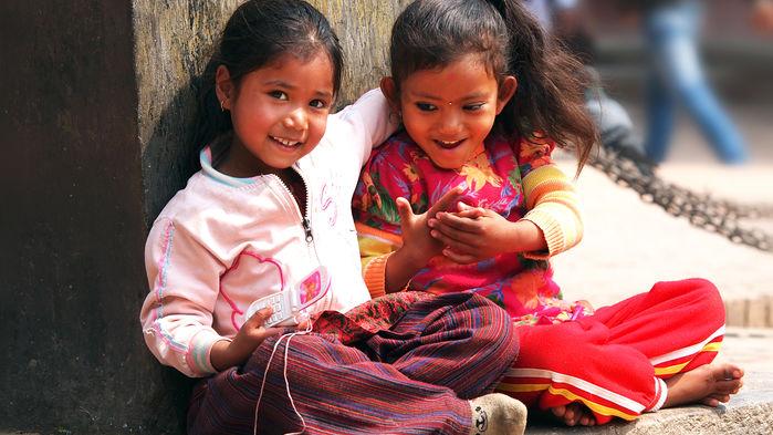 nepalesiska barn i kathmandu
