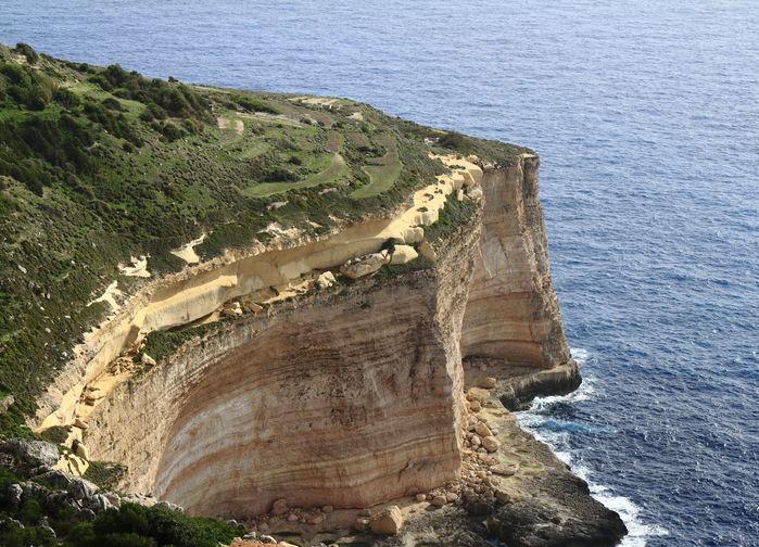Dingli klipporna